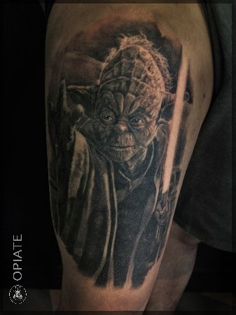 Tatouage Star Wars maître Yoda